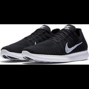 Men's Free RN Flyknit 2017 Running Shoe Size: 10